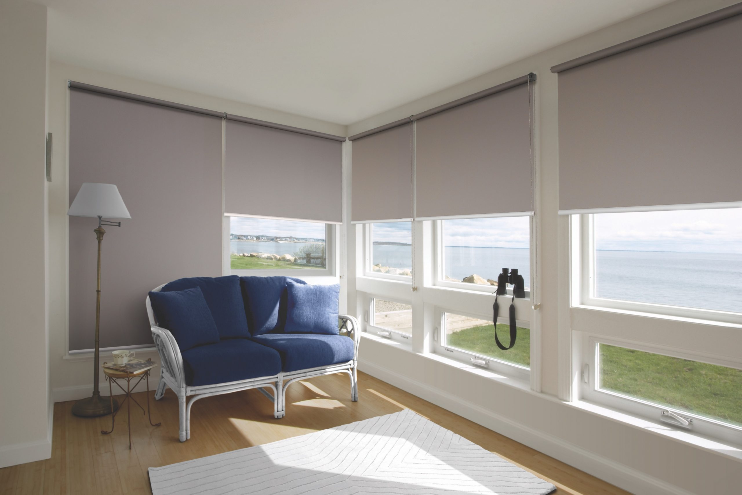 Custom made roller blinds